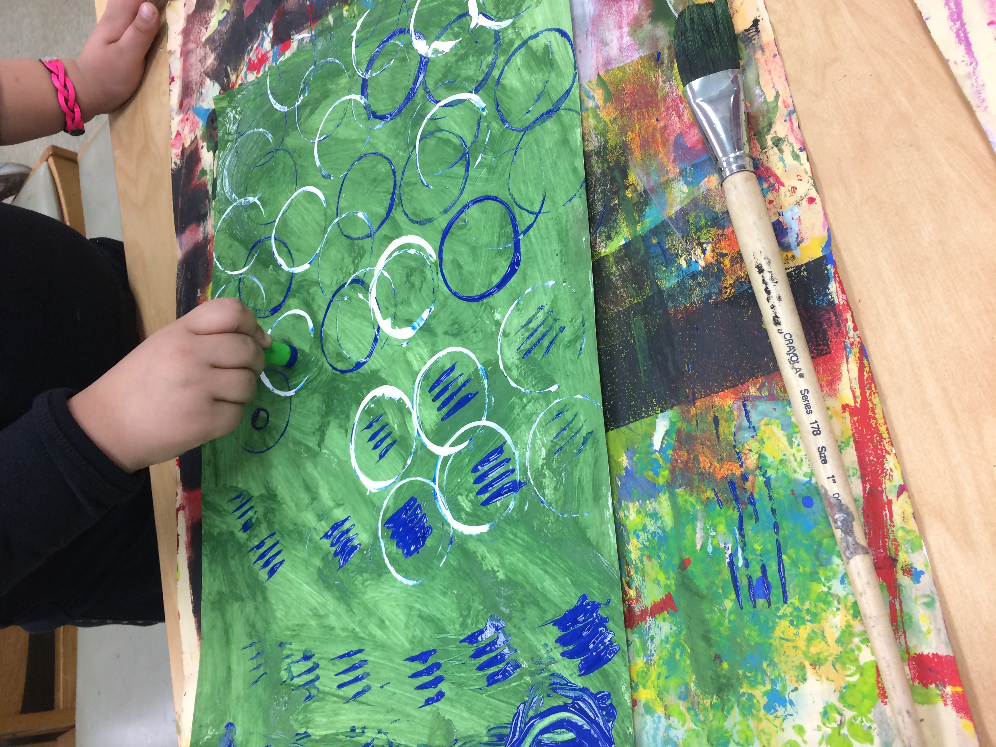 First Grade Warm/Cool Guitars – Art With Ms. Bruce