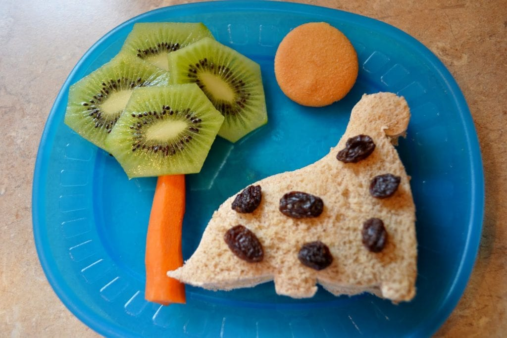Healthy Snacks for Hungry Kids-Make Eating Fun! - Play & LearnPlay ...